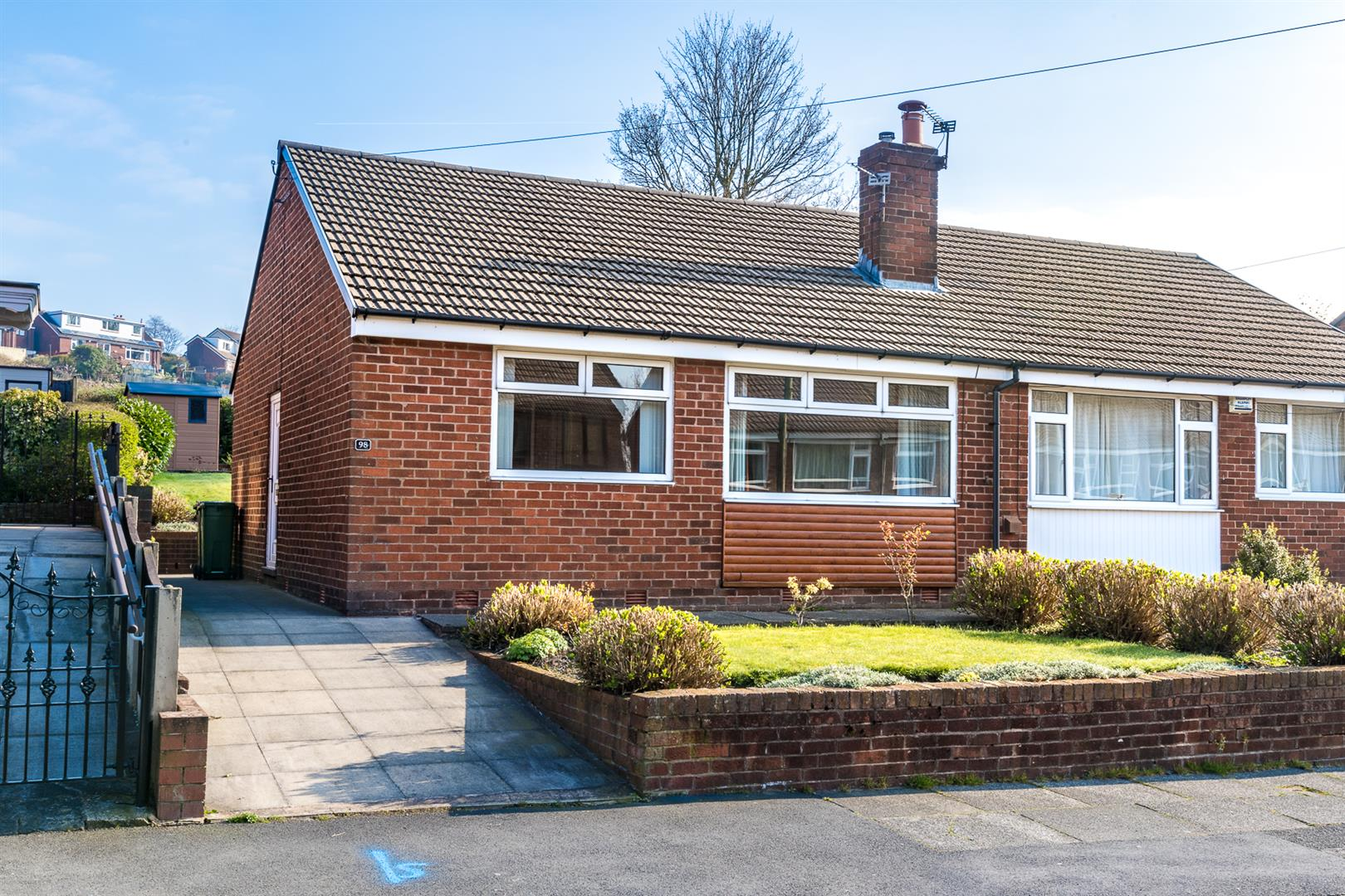 2 Bedroom Semi Detached Bungalow Sale Agreed Image 0